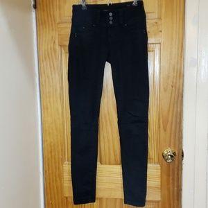 YMI Wanna Betta Butt black jeans Midrise sz 1
